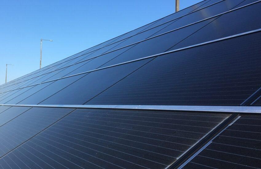 Markanläggning för solceller på Öresundsbron